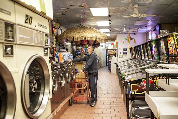 Laundry_pinball_1