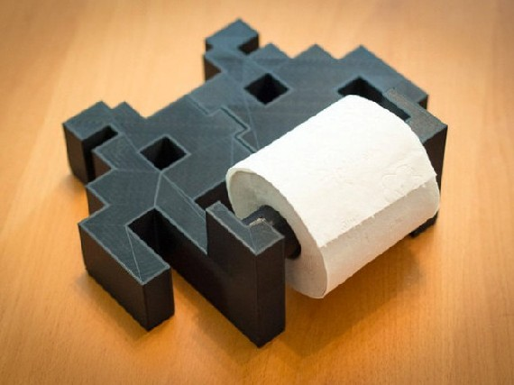 space-invaders-toilet-paper-holder