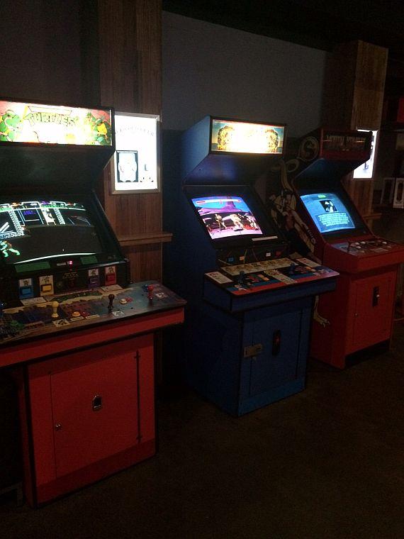 bartronica_arcades