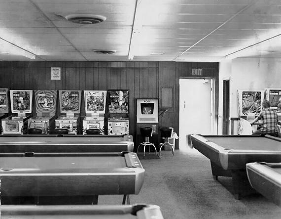 pool arcade