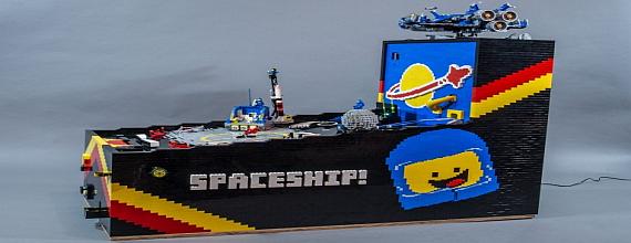 LEGO: The Amazing Pinball Machine